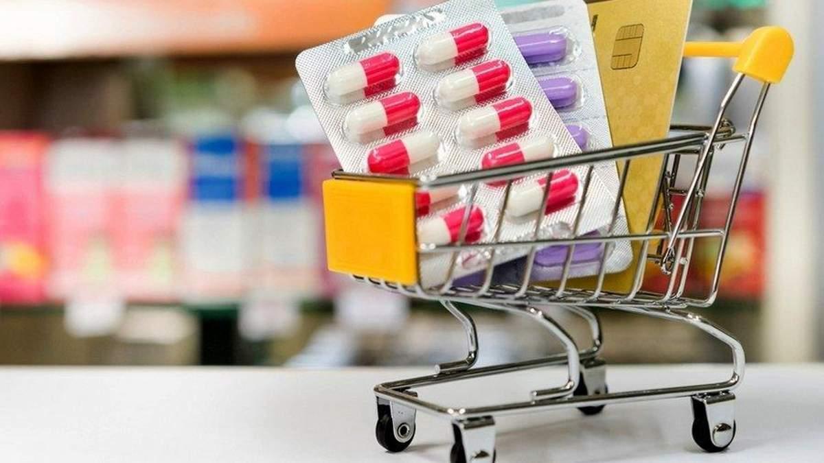 Украинцев призывают не покупать лекарства в Интернете