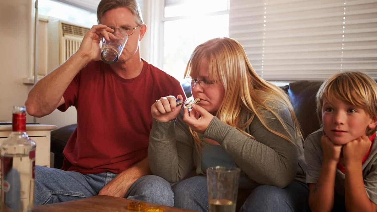 Алкоголізм батьків впливає на шлюб дітей і вибір їх партнерів