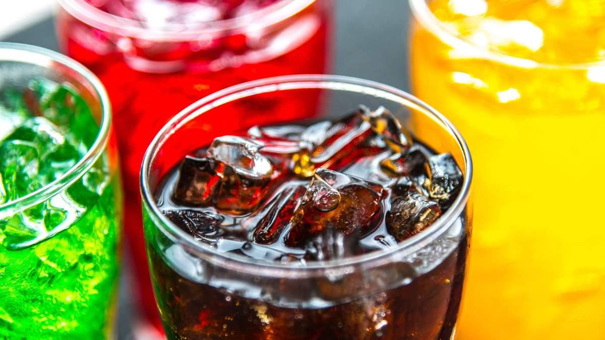 До якої небезпечної хвороби може призвести вживання солодких напоїв