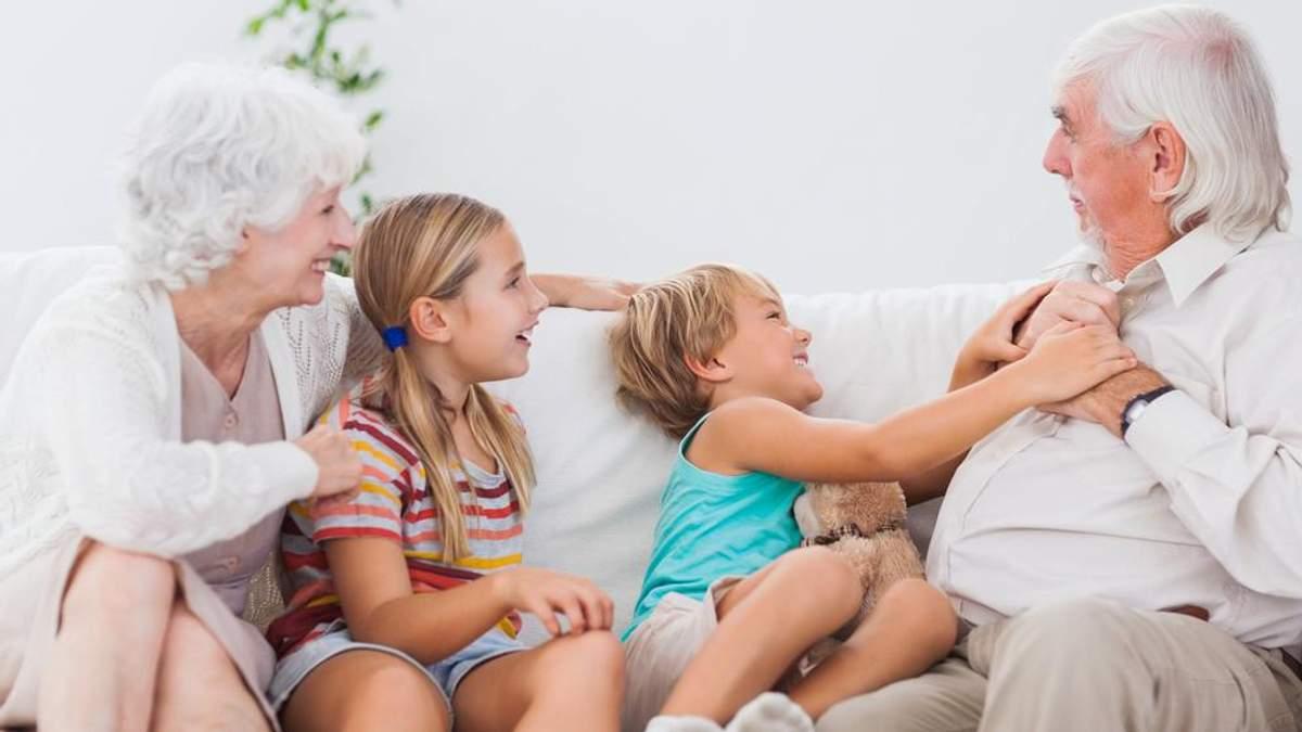 Почему опасно отдавать детей на воспитание бабушкам и дедушкам