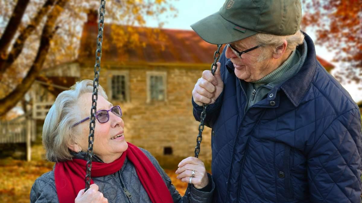 В якому віці люди більше схильні до поширення неправдивої інформації: результати дослідження