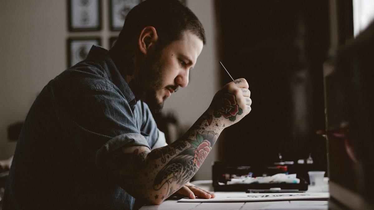 Ученые разрушили популярный миф о татуировках