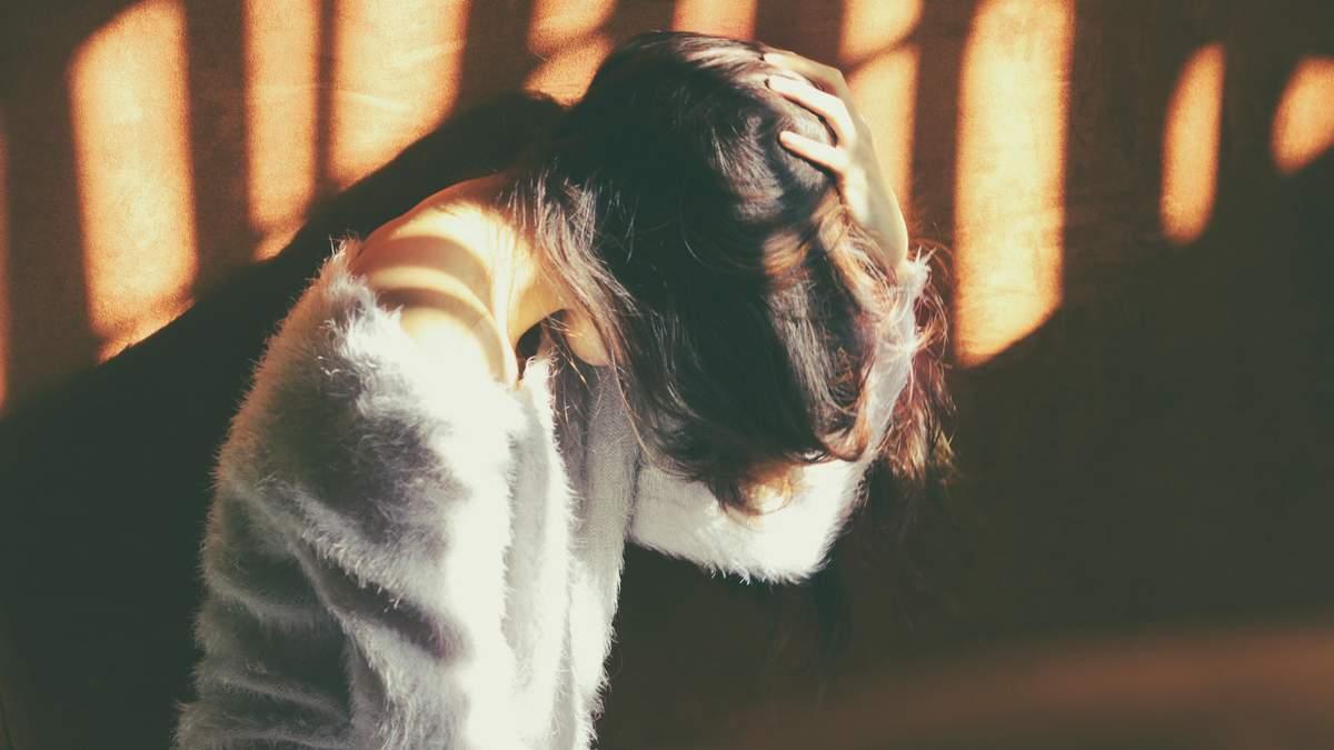 Почему болит голова и тошнит одновременно – причина