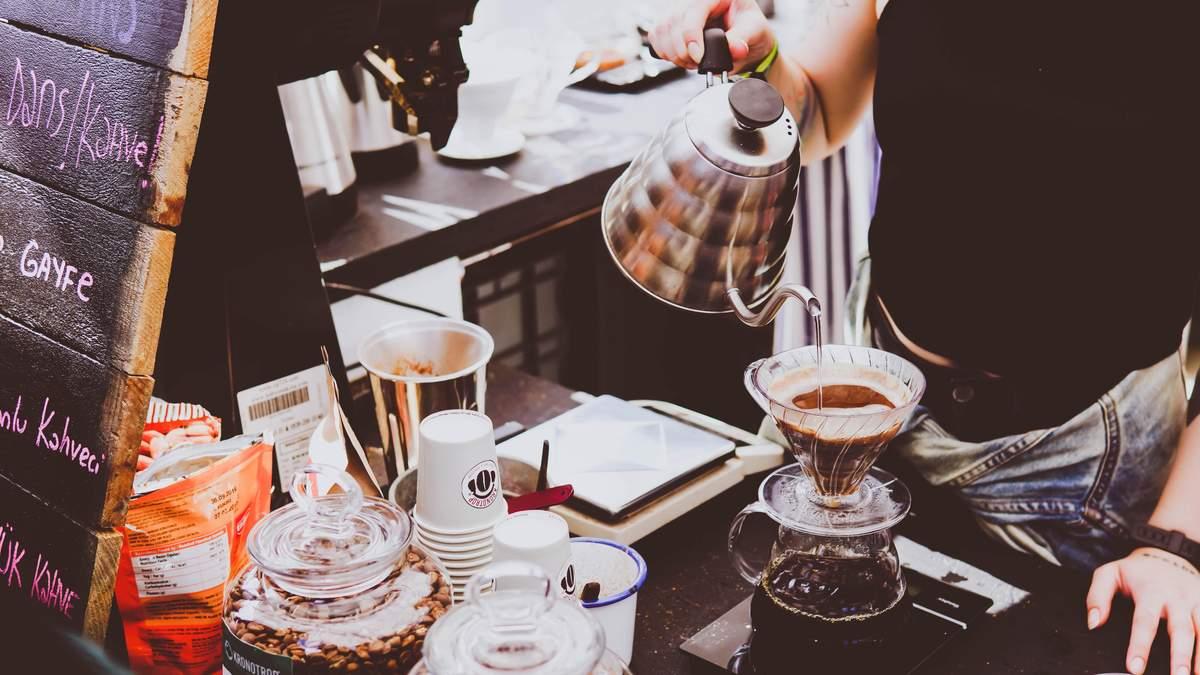 Скільки чашок кави вбережуть від хвороб серця та судин