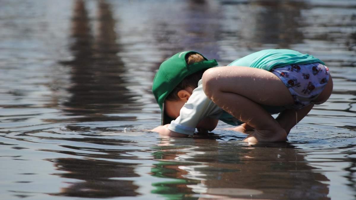 Как ребенка научить пить воду