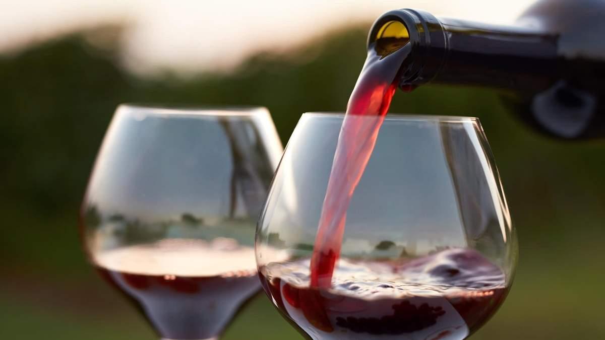Какой алкогольный напиток полезен для кишечника
