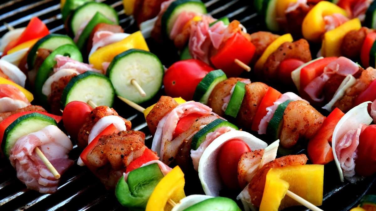 Люди, які їдять м'ясо частіше страждають від інфарктів