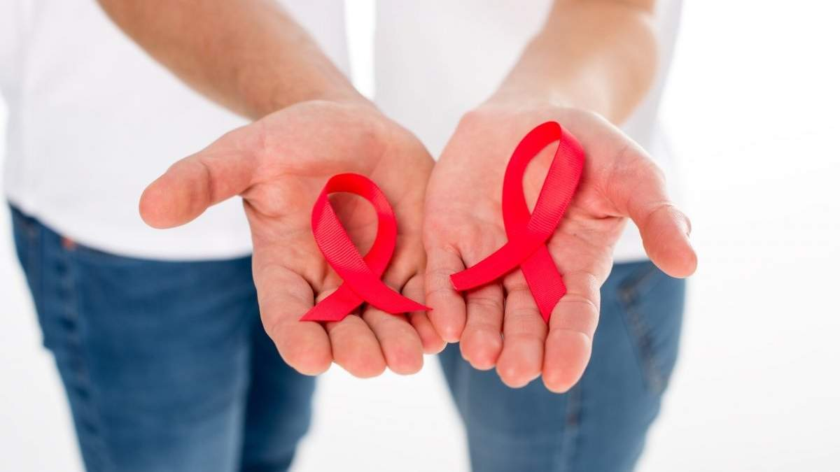 Люди з ВІЛ можуть жити повноцінним життям