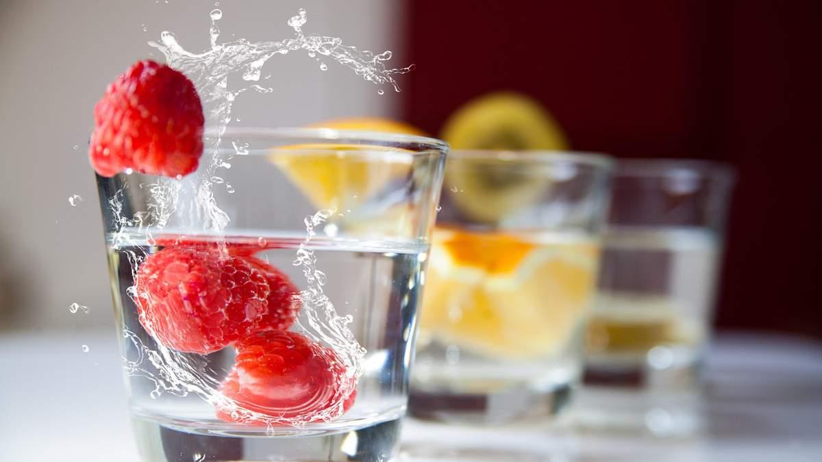 Як правильно пити воду: 9 чітких порад