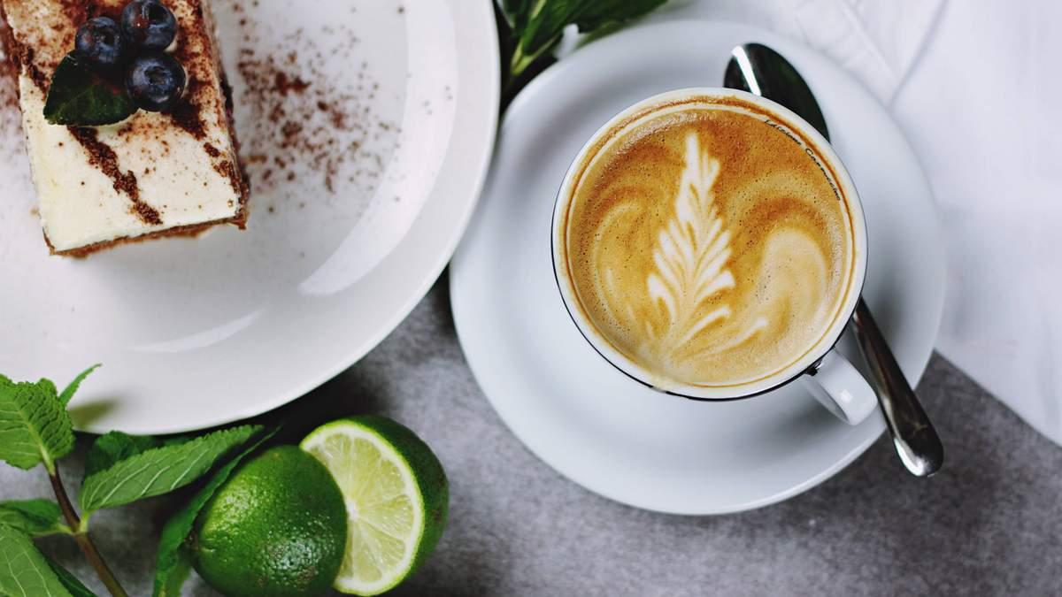 Коли кава вимиває кальцій з організму