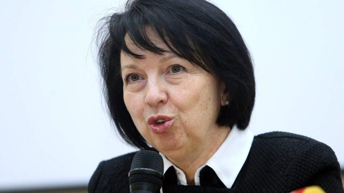 Олену Колеснік відсторонили