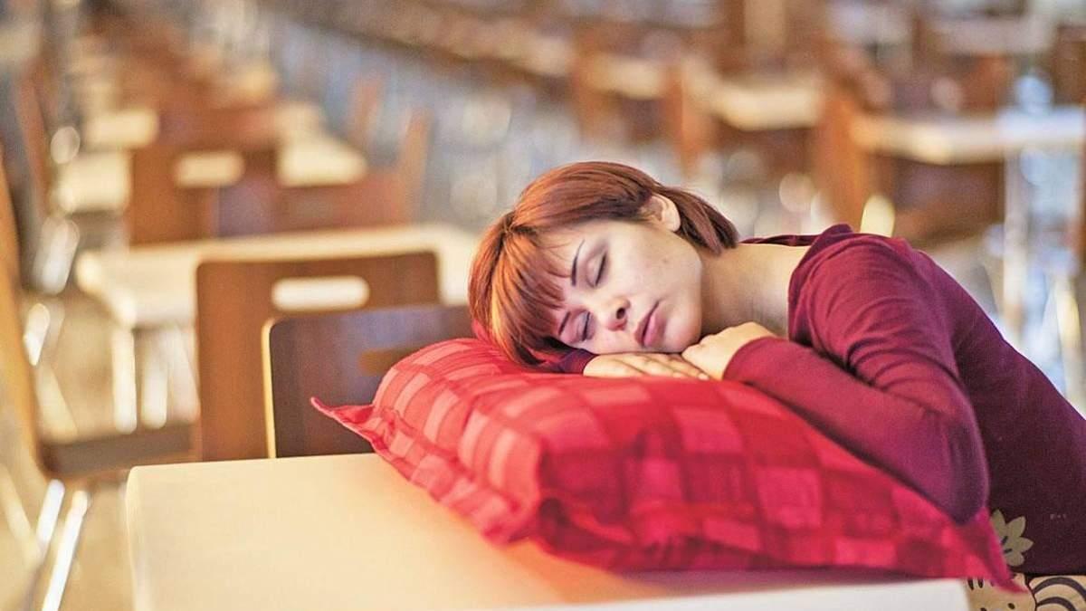 Втома вранці після сну – причини недосипу