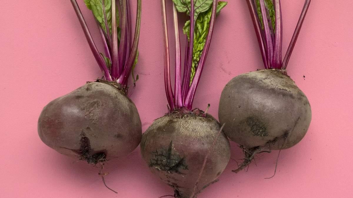 Розовый цвет мочи от свеклы – что означает, симптомы болезни