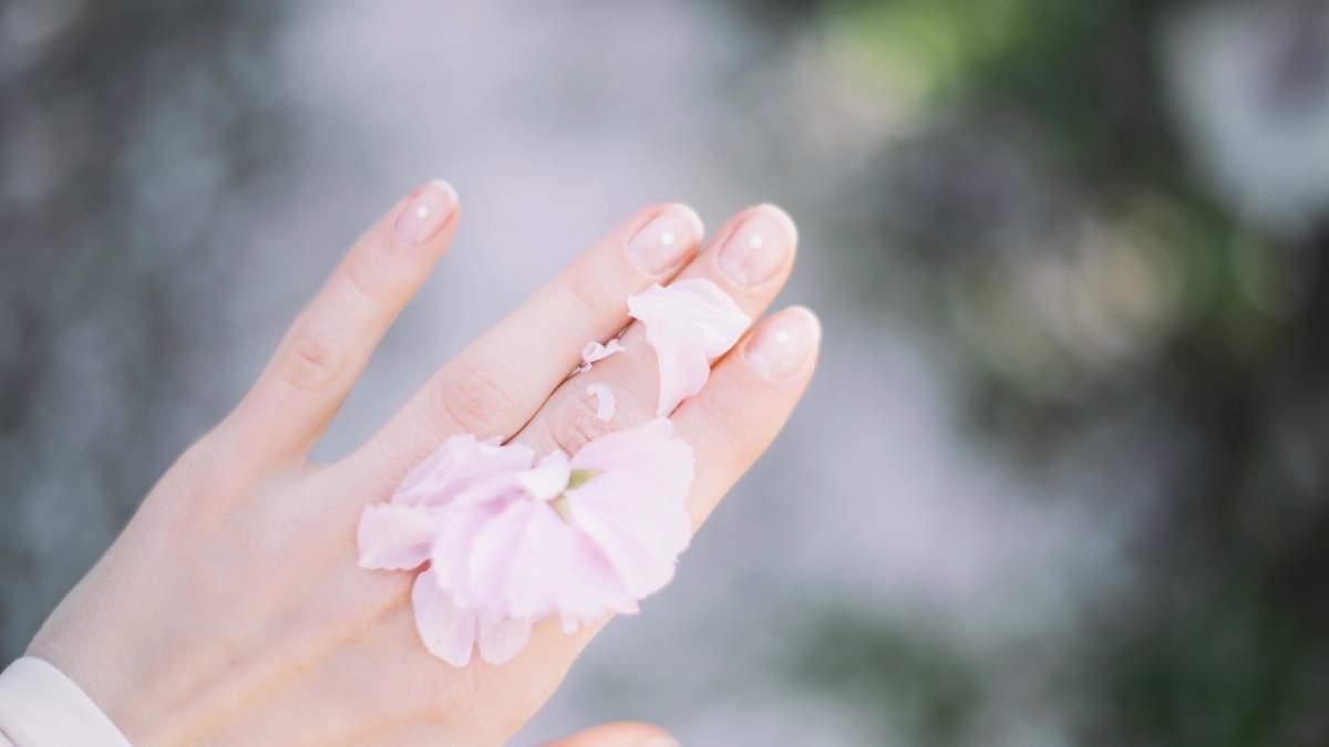 Відшарування нігтів