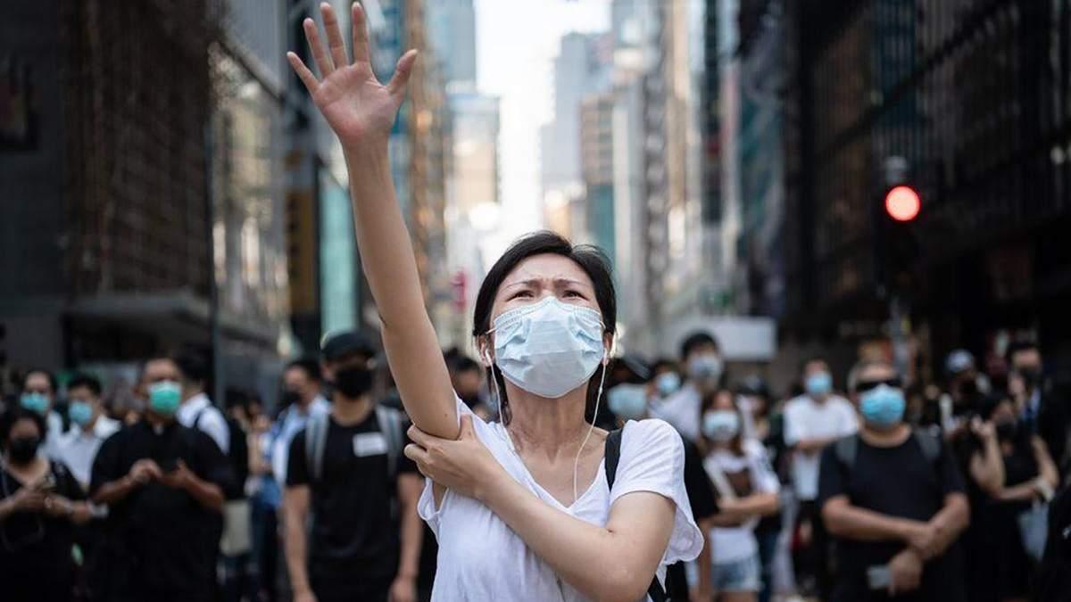 Уличная маска: преимущества и недостатки