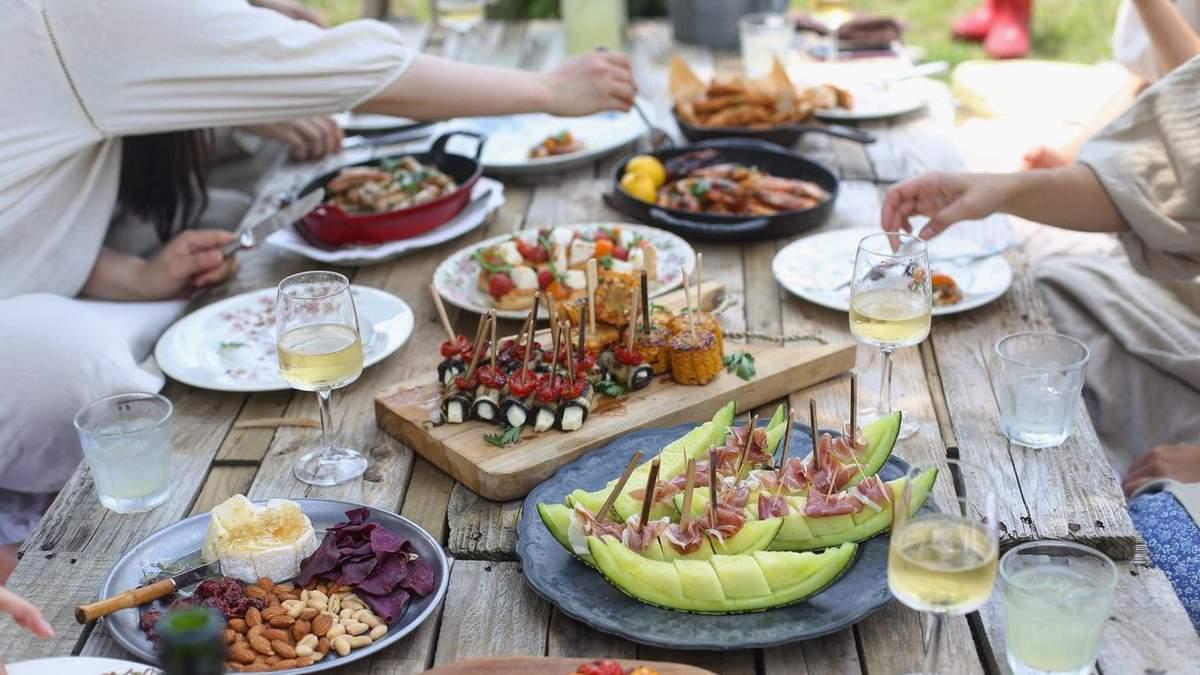 Вегетаріанці чи м'ясоїди – в кого важче похмілля