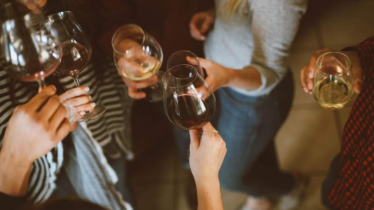 Чому алкоголь зважає знижувати вагу