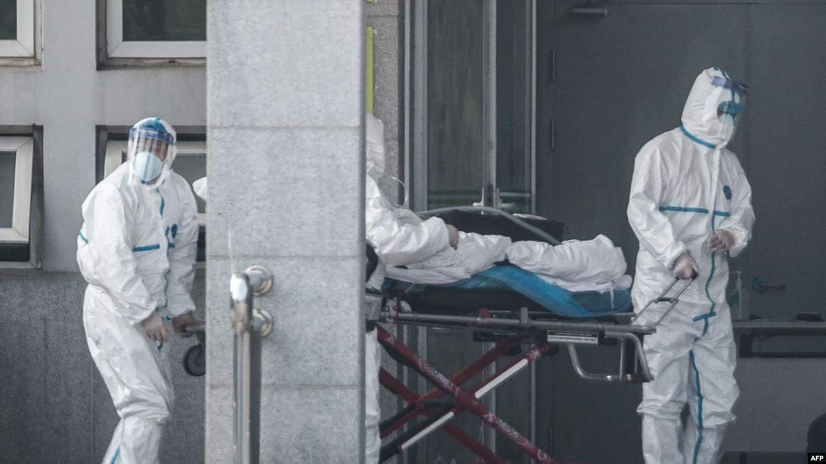 У Китаї будують дві лікарні для інфікованих коронавірусом