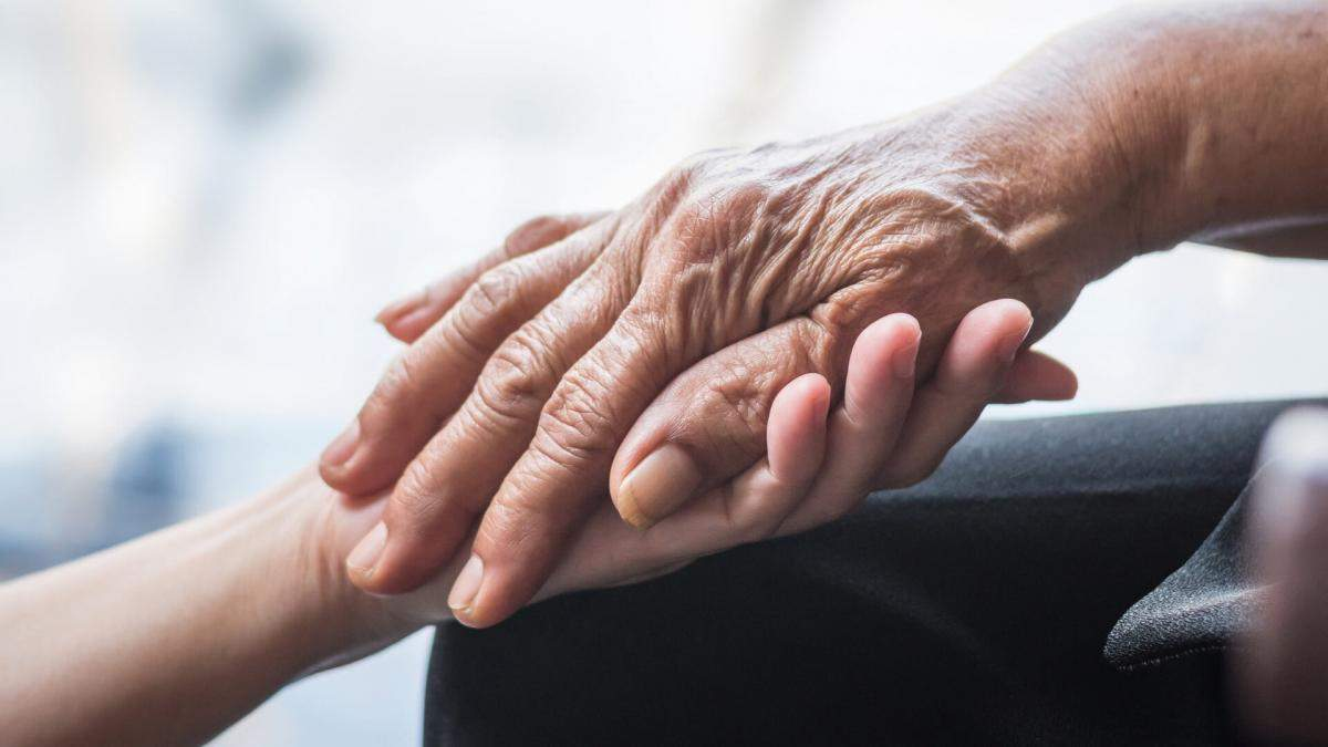 Паркинсон у молодых людей: причины возникновения