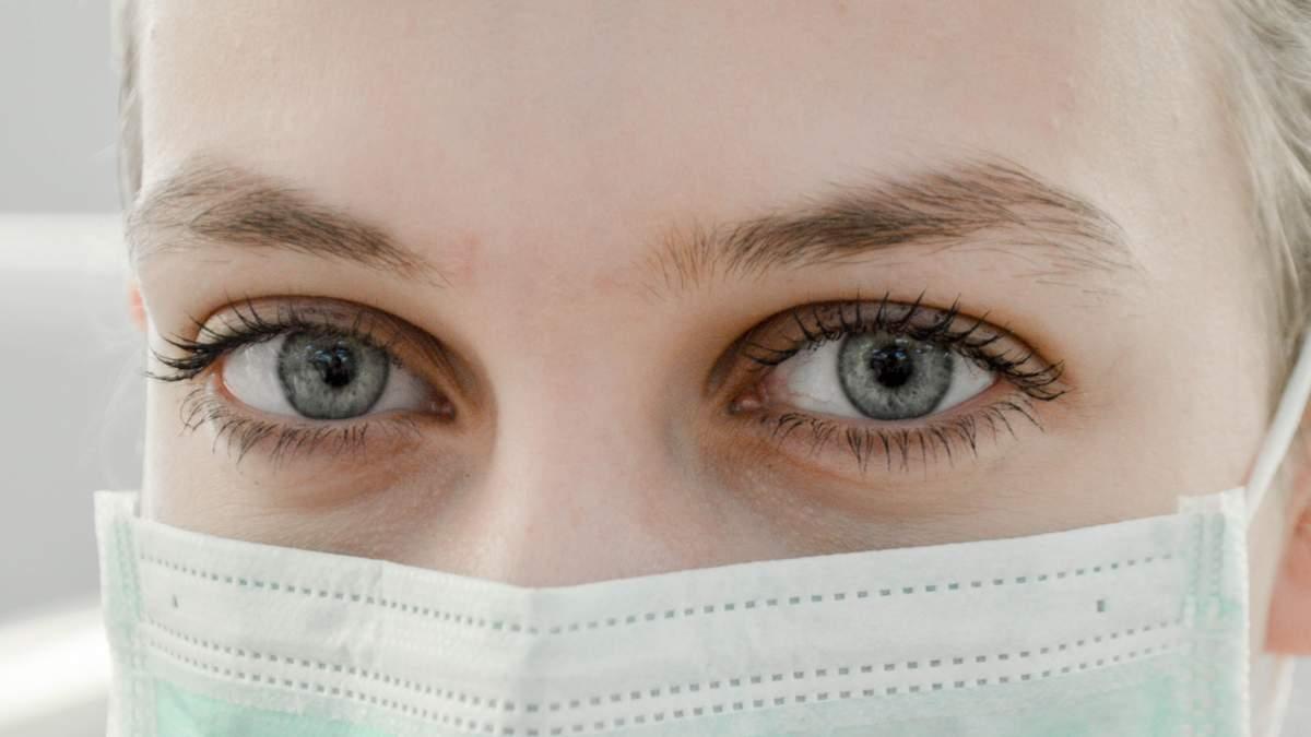 Дефицит хирургических масок