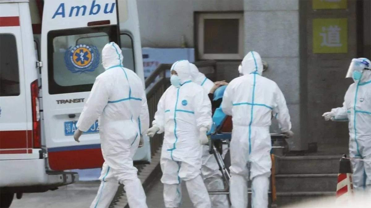 У Китаї понад 1700 лікарів заразилися коронавірусом: 6 померли