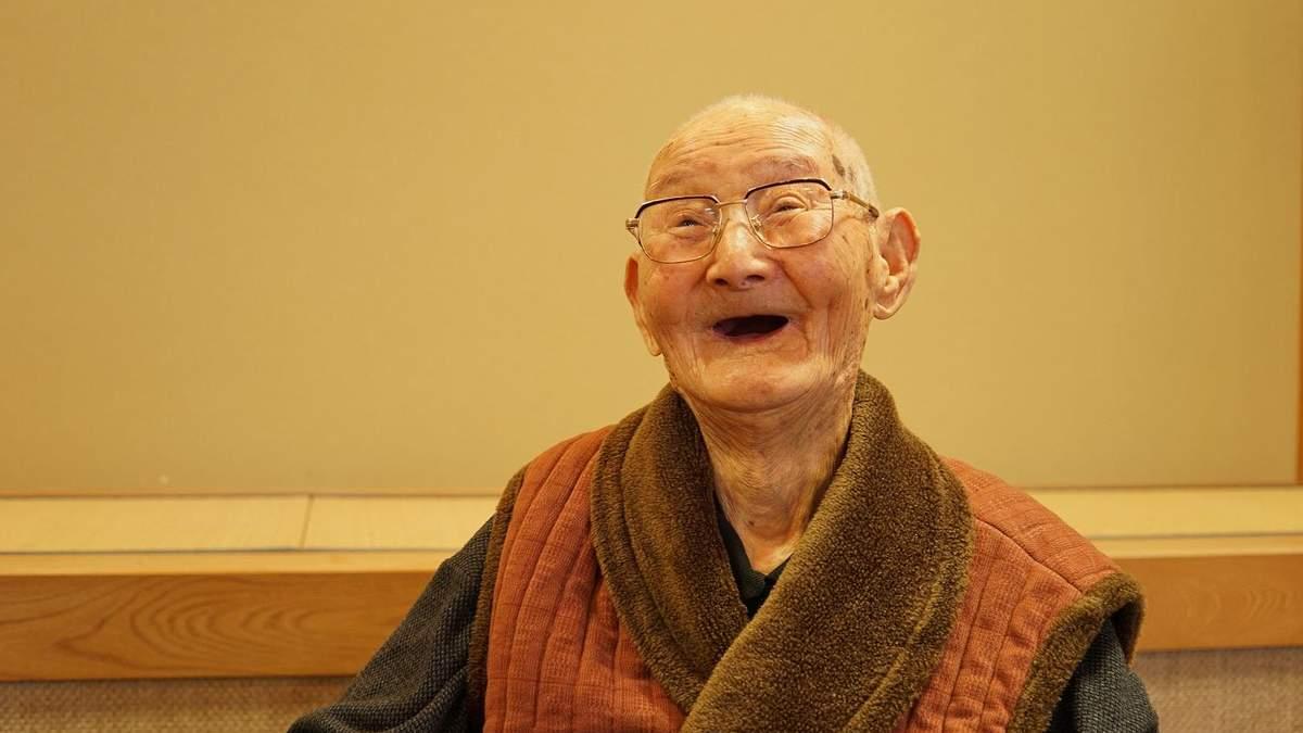 Найстарішому чоловіку 112 років: секрет довголіття