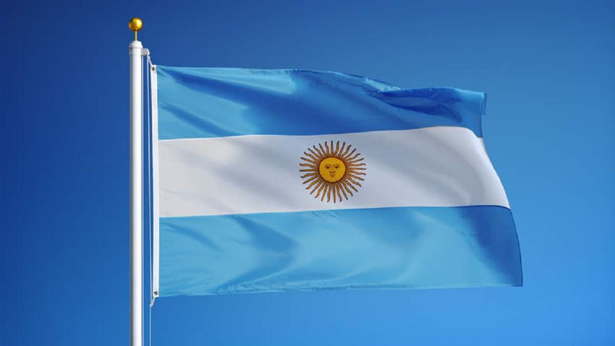 Украина эвакуирует граждан Аргентины с Уханя