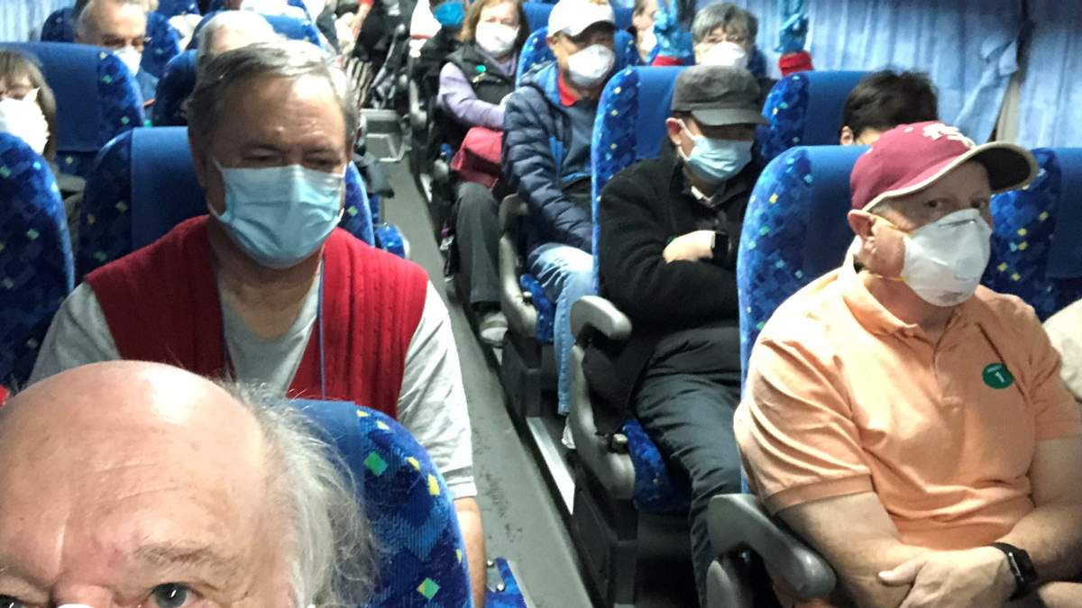 14 американців, яких евакуювали з судна Diamond Princess, захворіли на коронавірус
