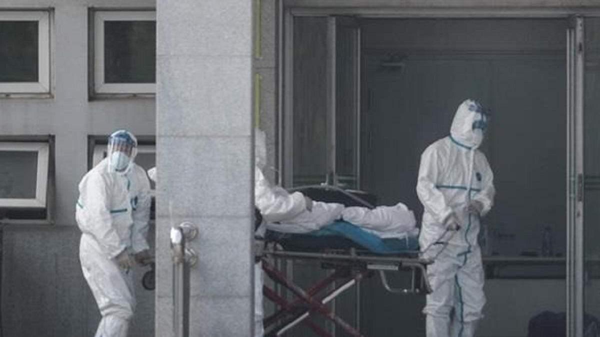В Ухані від коронавірусу помер директор лікарні