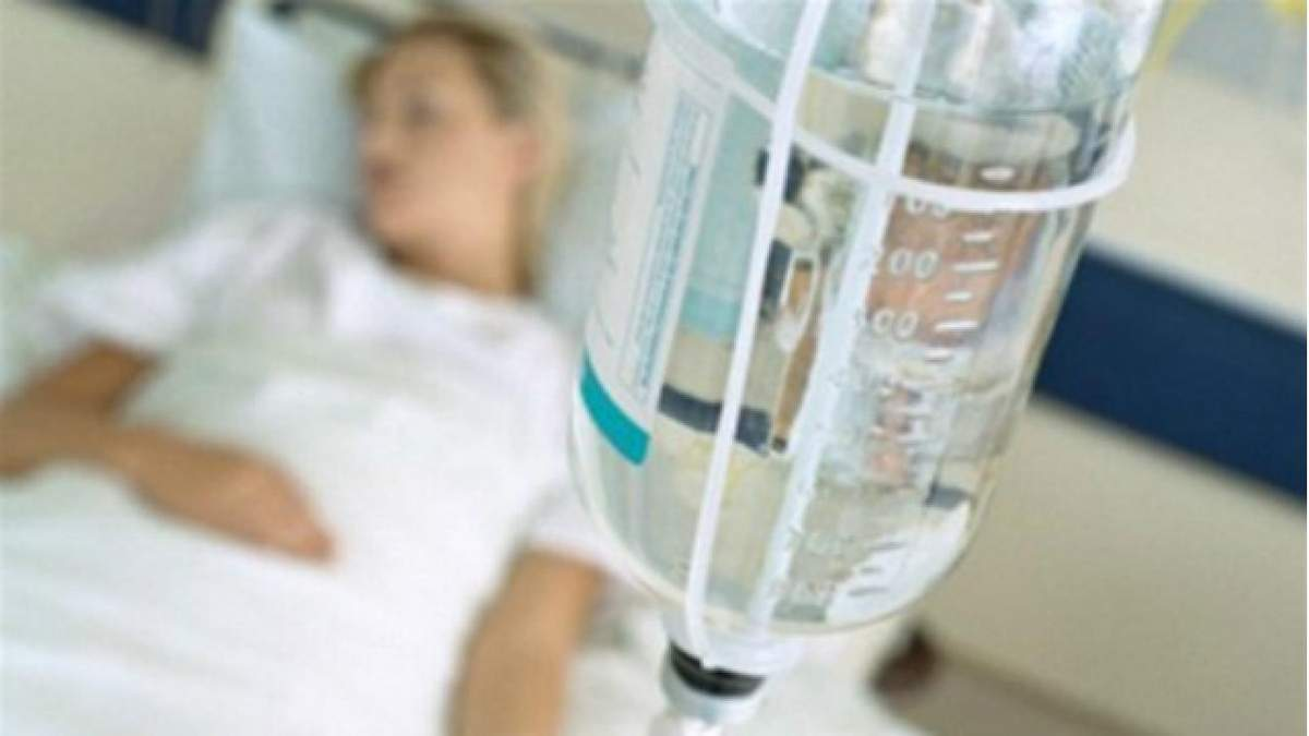 На Тернопольщине госпитализировали 27 студентов с отравлением