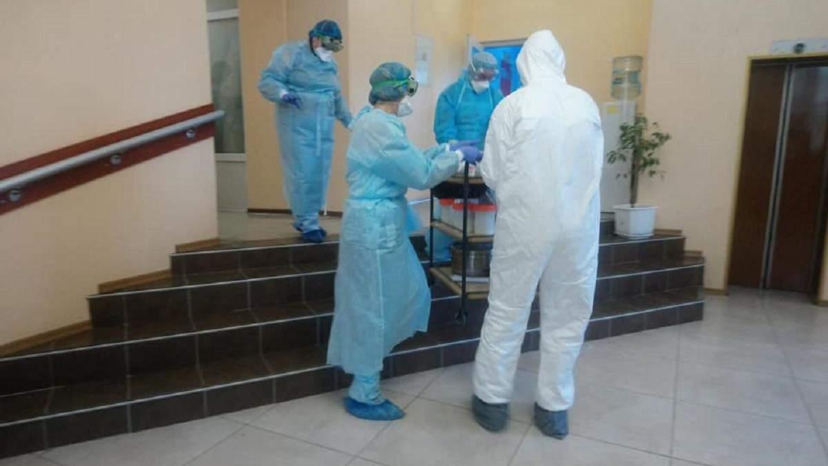 Евакуйованих з Уханя перевірятимуть на наявність коронавірусу кожні три дні