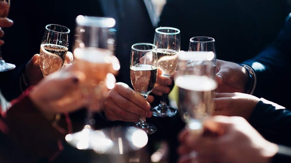В якій країні п'ють найбільше алкоголю