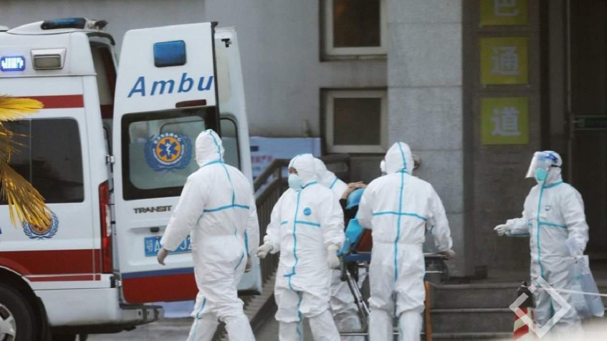 Первая смерть от коронавируса в США: заболевание распространяется по западному побережью страны