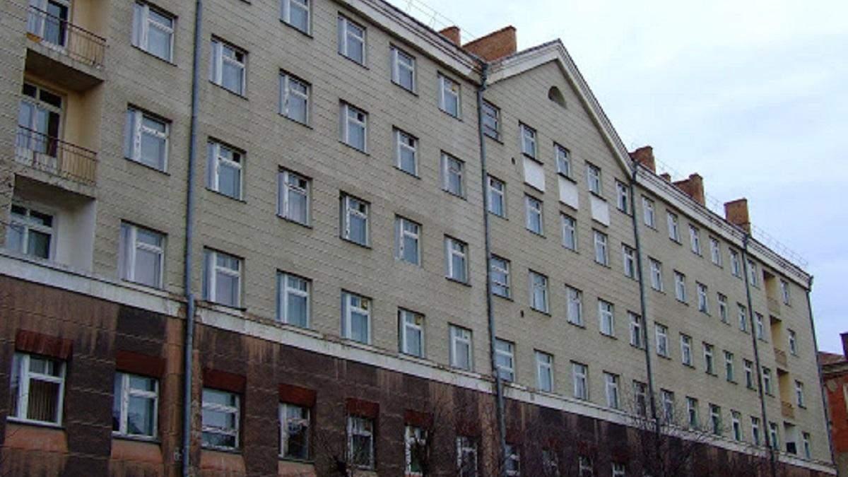 Як лікують українця, хворого на коронавірус