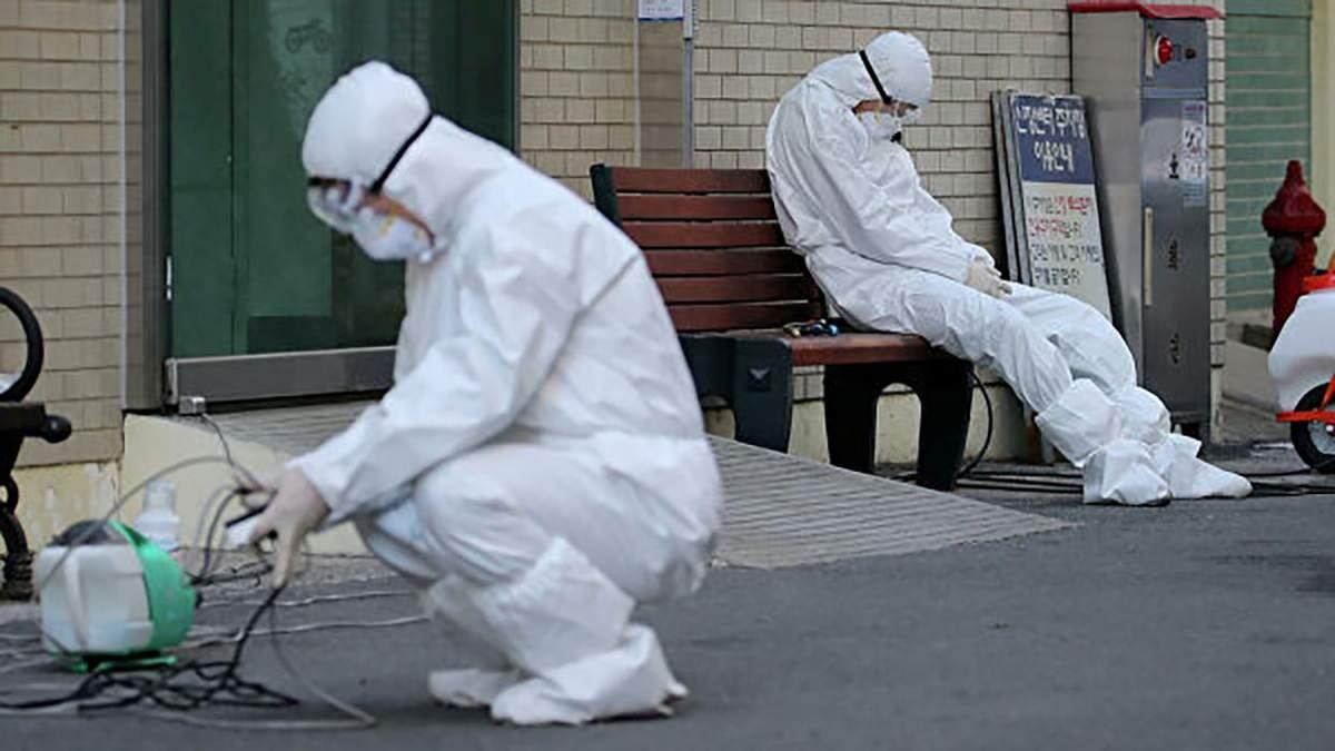 Пандемия коронавируса продлится еще год