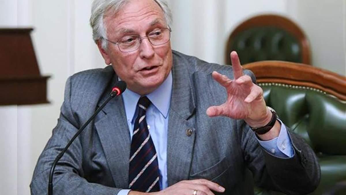 Людям, які не мають ознак захворювання, проводити діагностику не потрібно, – Комісаренко
