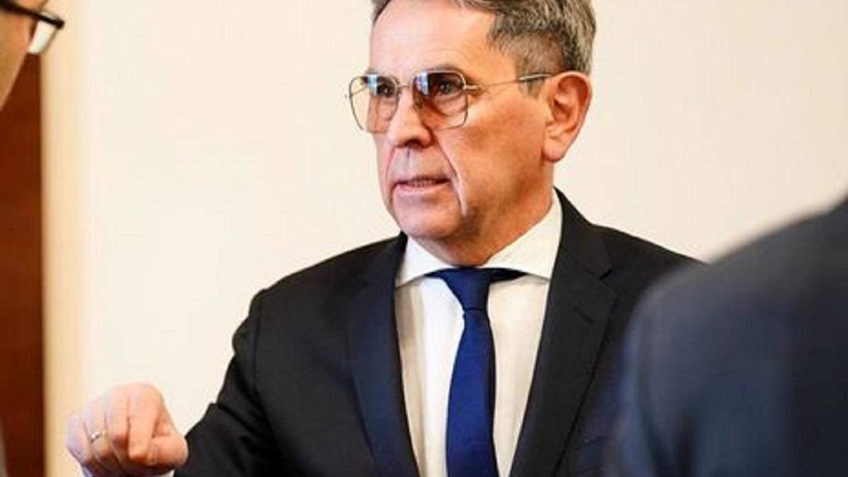 Минздрав просит депутатов ввести чрезвычайное положение в Украине