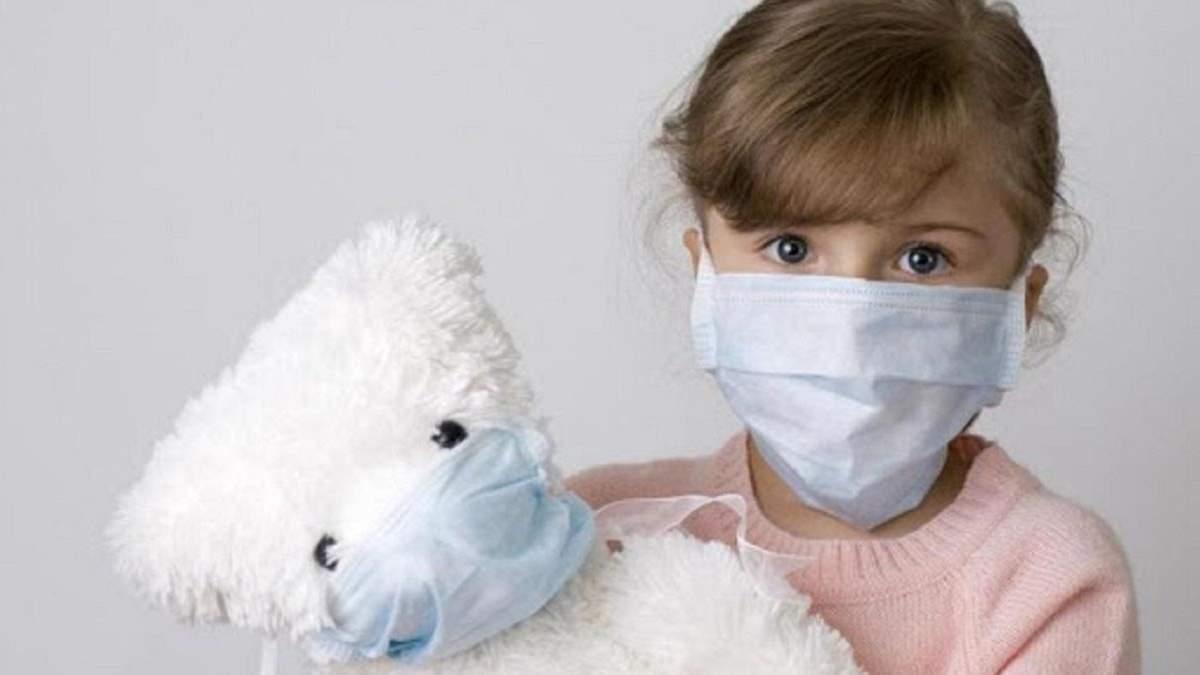 Лікарка розповіла, чому діти рідше хворіють на коронавірус, ніж дорослі