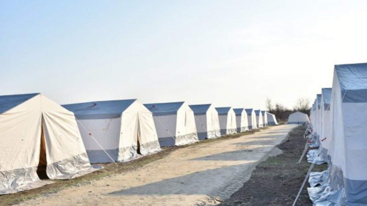 Возле больниц первой волны работают палаточные городки, – Ляшко