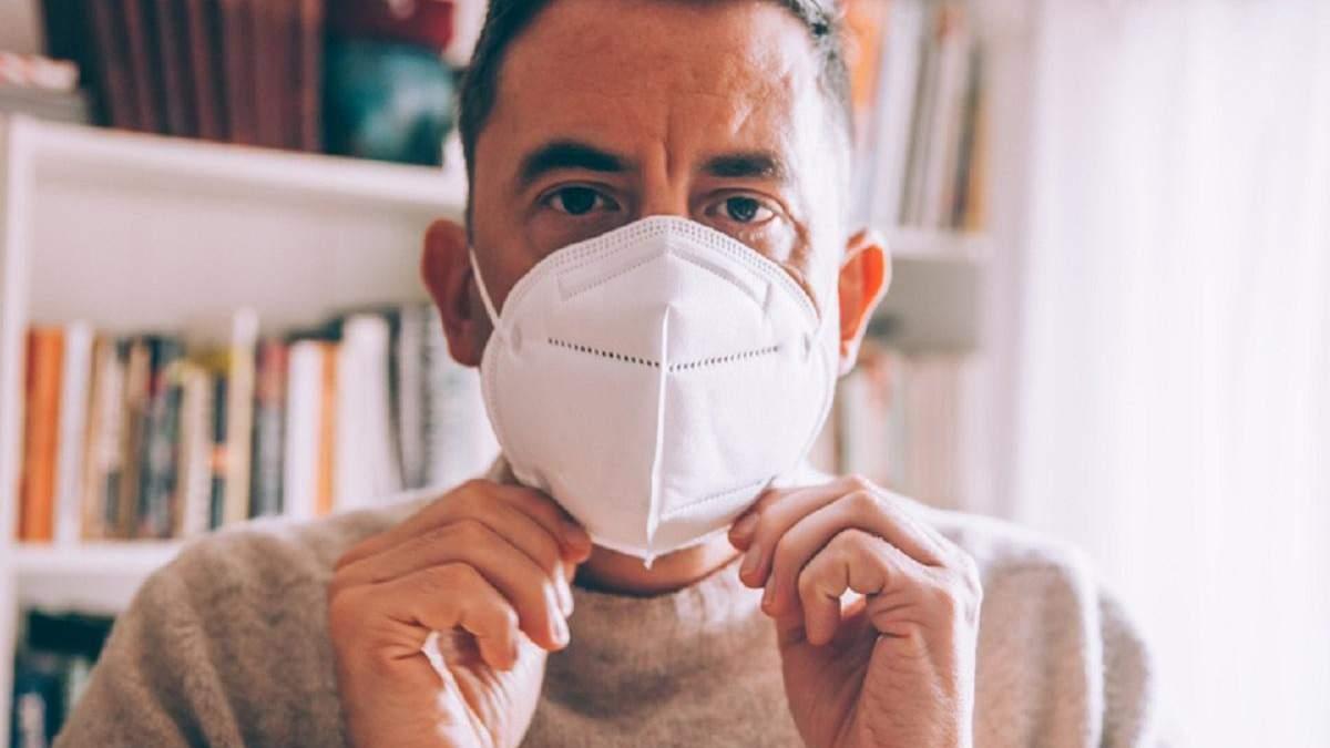 Китай змушує Італію купувати маски, які вона подарувала Пекіну кілька тижнів раніше, – ЗМІ