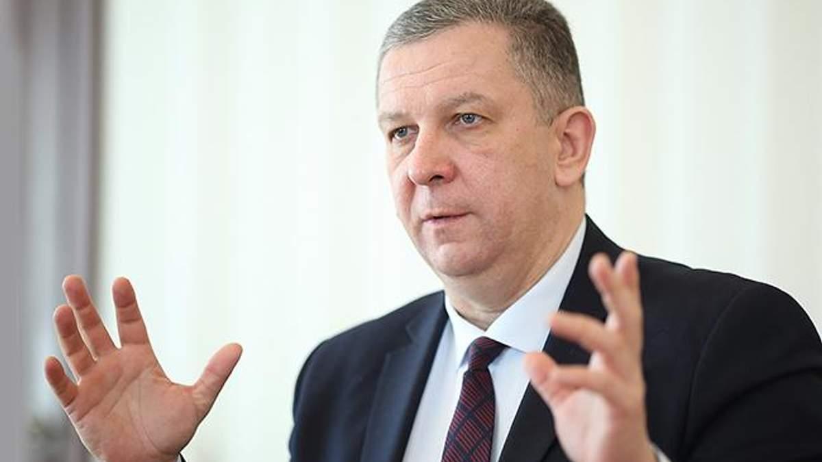Болячка для міністра: чому українські можновладці лікуються за кордоном?