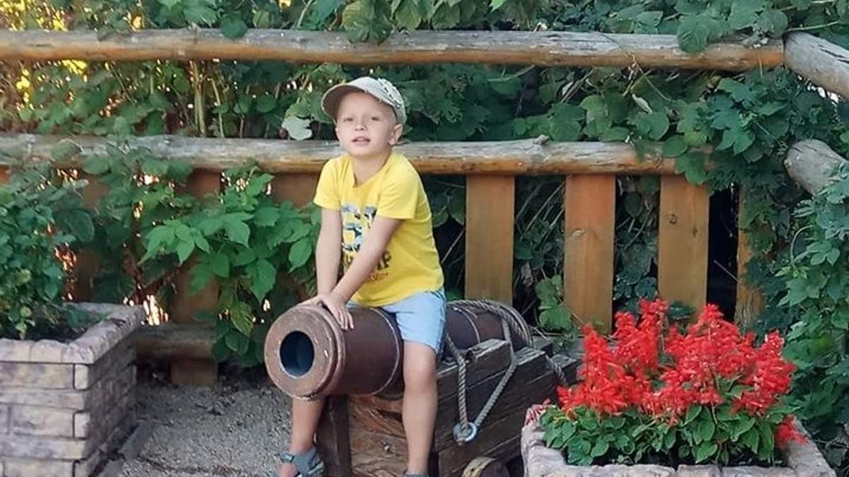 Маленький Всесвіт звичайної мами: як зрозуміти, що у вашої дитини аутизм?