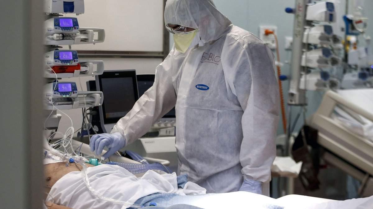 В Україні від COVID-19 померли 7 лікарів: коронавірус у медиків