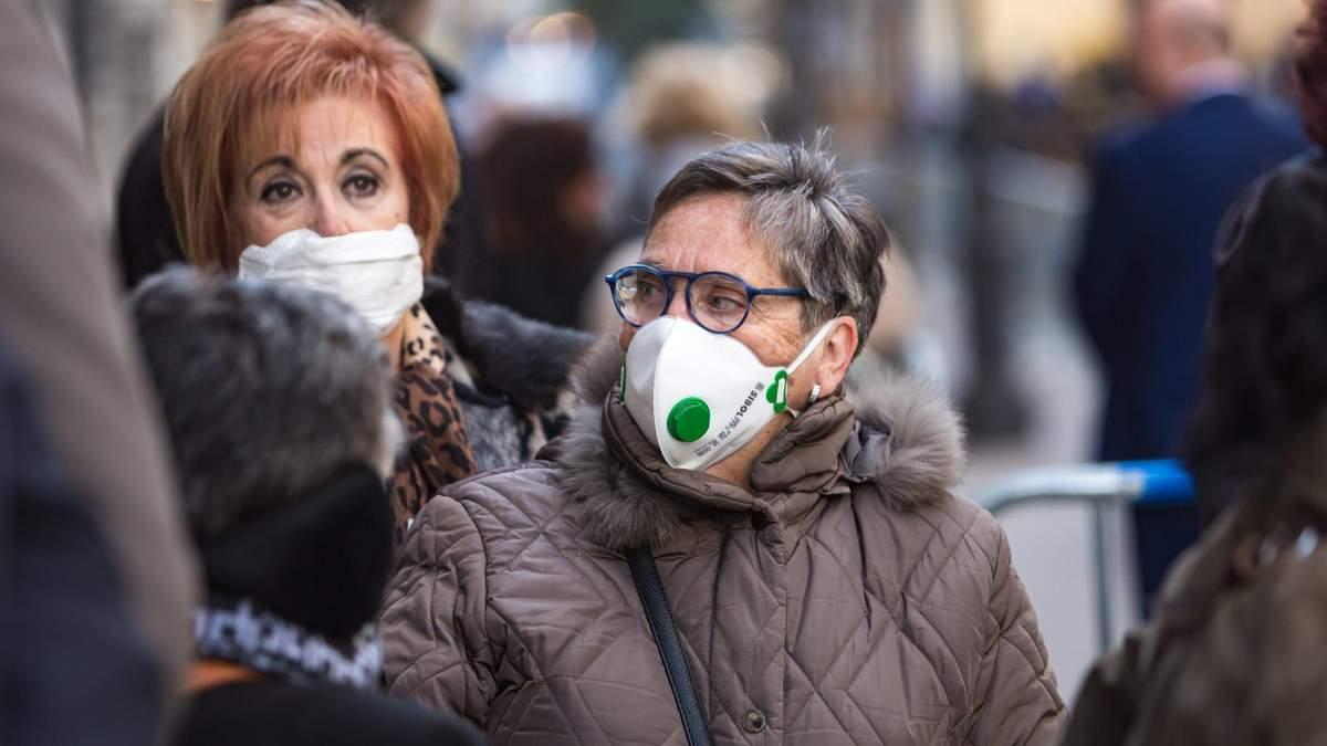 В Італії у будинках для літніх людей порушили карантинні обмеження