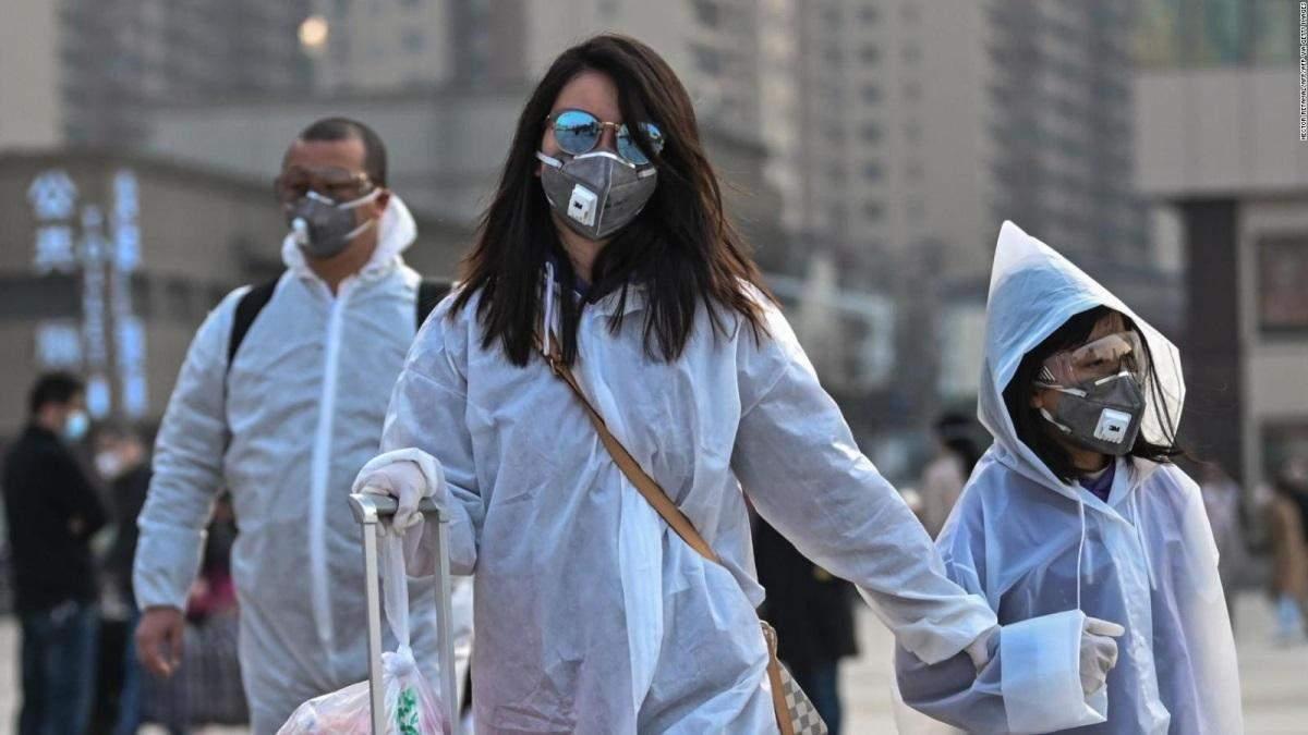Китайський вірусолог запевняє, що коронавірус придумали не в його лабораторії