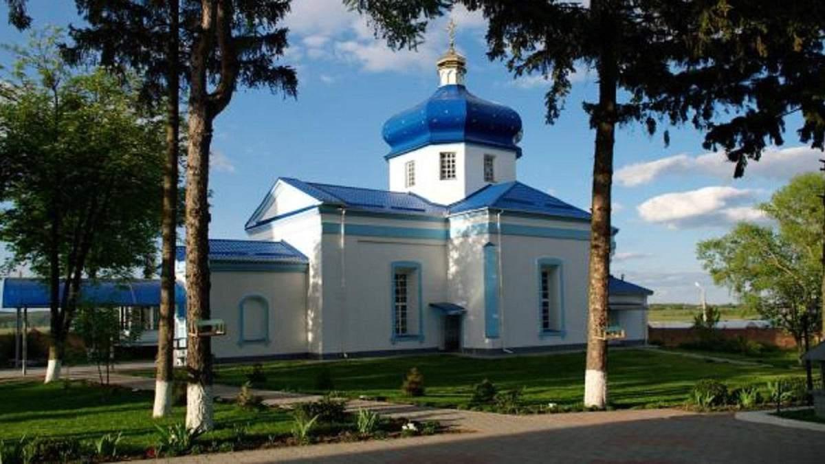 У Свято-Преображенському Головчинецькому монастирі виявили два випадки коронавірусу