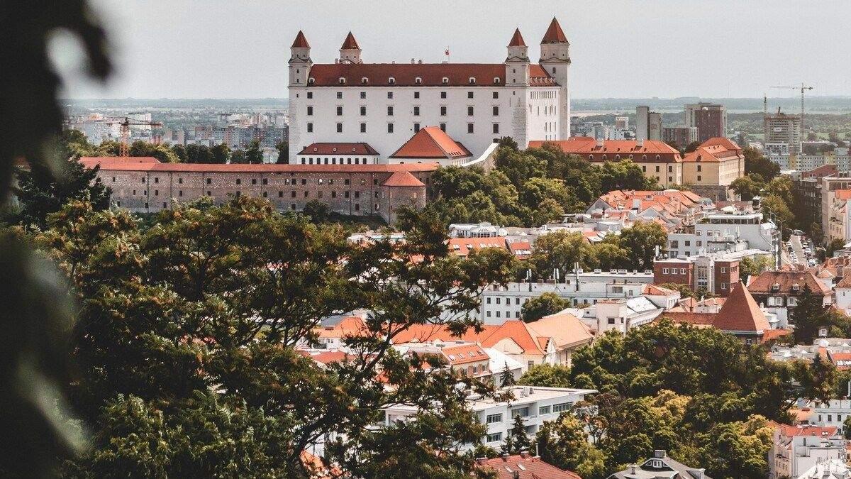 Чому у Словаччині найнижка смертність від коронавірусу в Європі