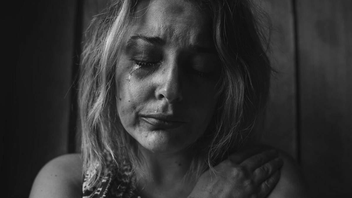 Домашнє насильство під час карантину: що робити та куди звертатися, пояснила Супрун