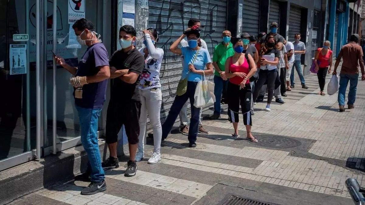В Бразилии зафиксировали более 100 тысяч случаев заболевания коронавирусом
