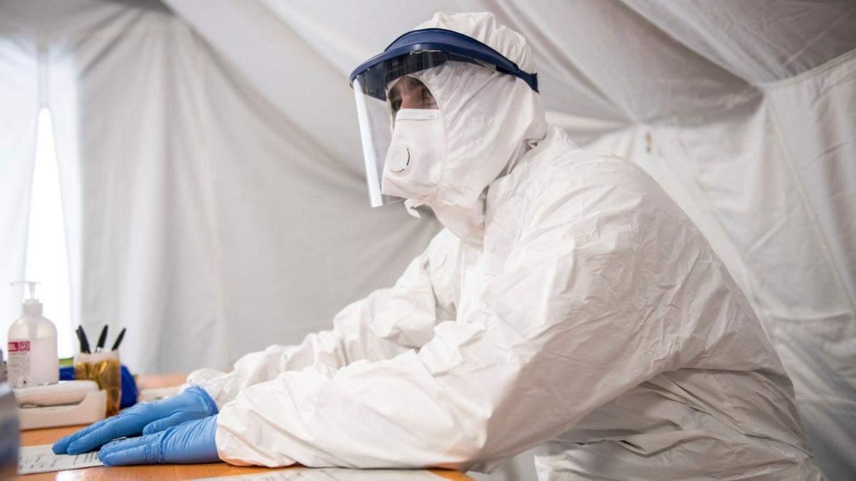 Скільки людей в Україні померли від коронавірусу